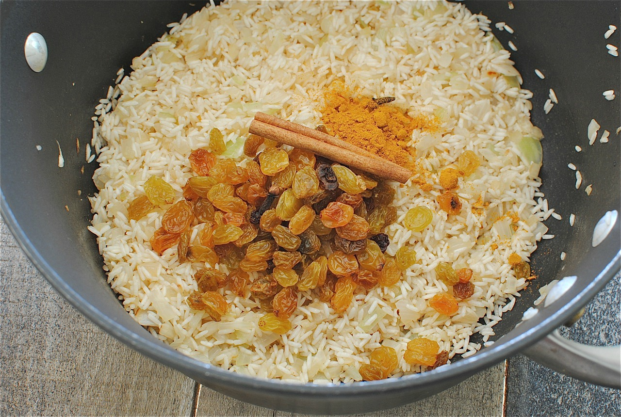 Saffron Rice with Golden Raisins and Pine Nuts – An Edible Mosaic ...