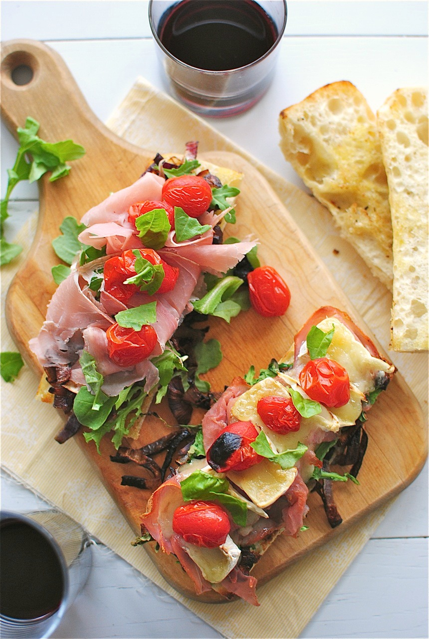 ... Sandwiches with Caramelized Onions, Arugula, Prosciutto and Brie - Bev
