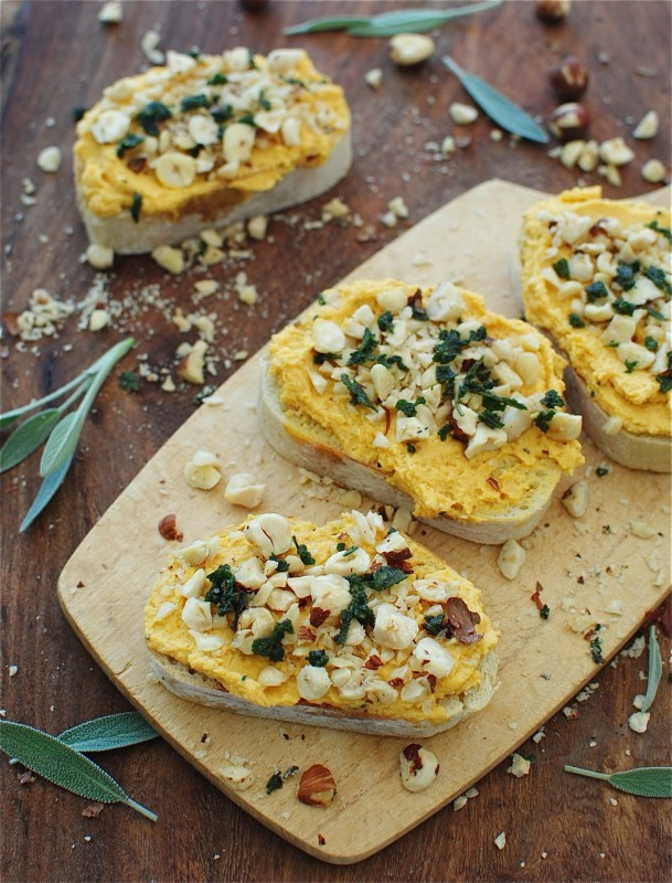 Spiced Autumn Crostini / Bev Cooks (Seriously Delish Giveaway)