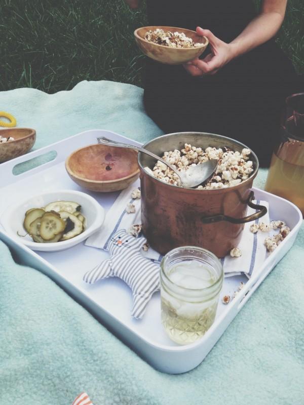 Curried Popcorn / Bev Cooks