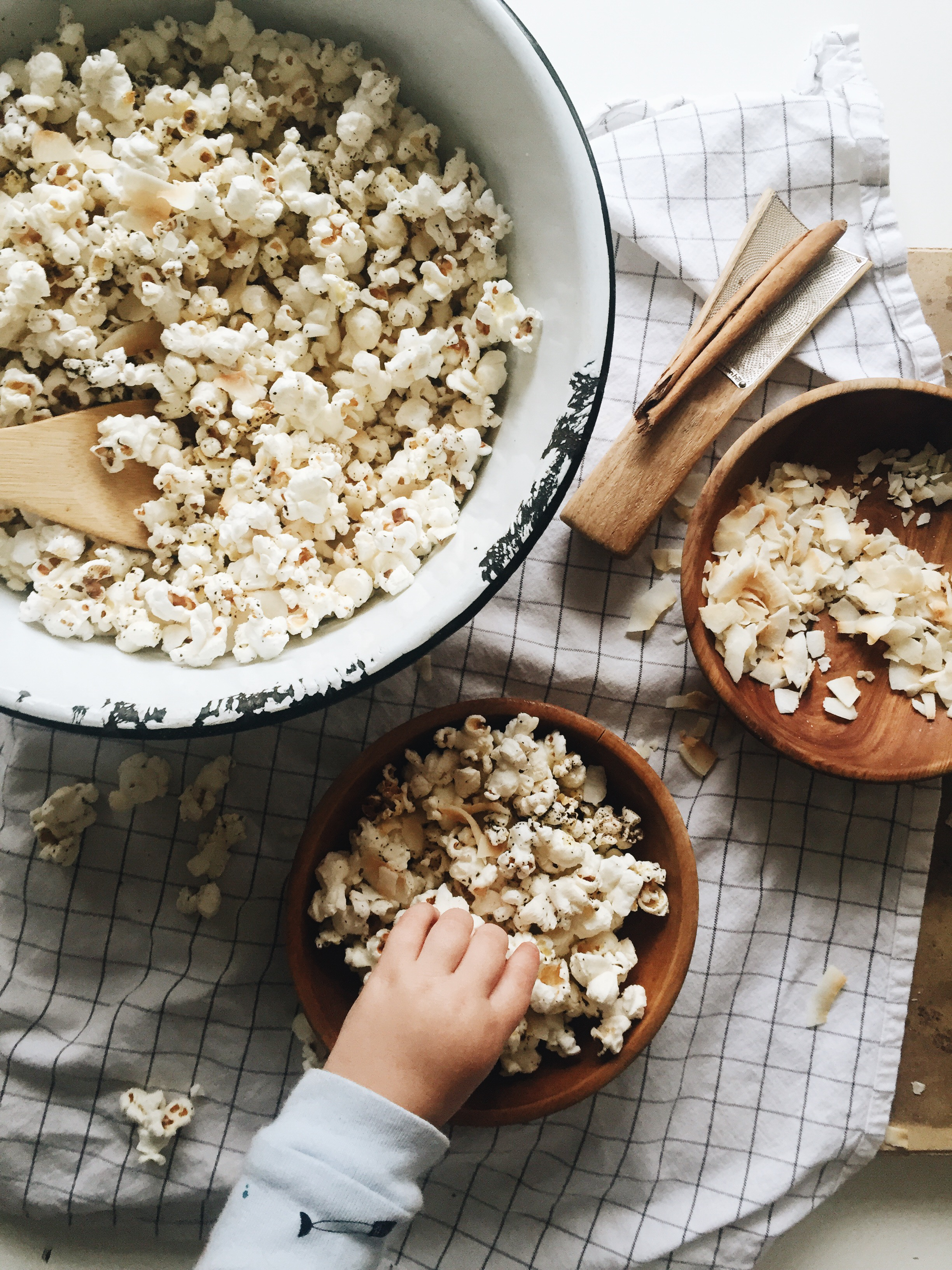 Pop Popcorn With Coconut Oil