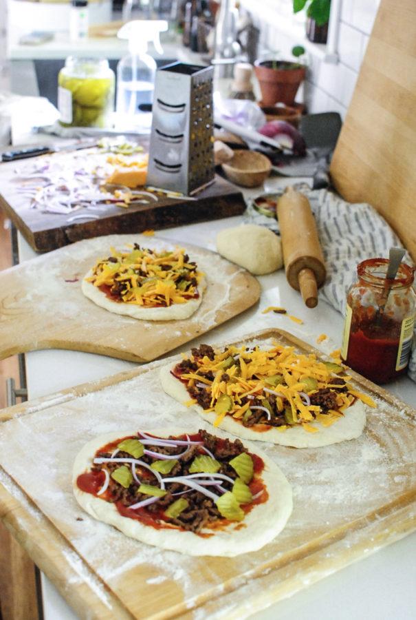 Mini Cheeseburger Pizzas / Bev Cooks