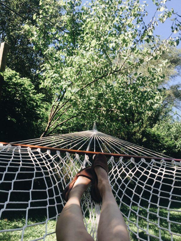 Pons on Feet. Feet on hammock.