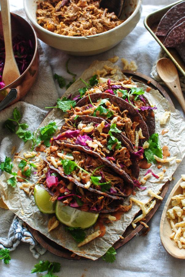 Slow Cooker Pulled Pork BBQ Crunchy Tacos / Bev Cooks