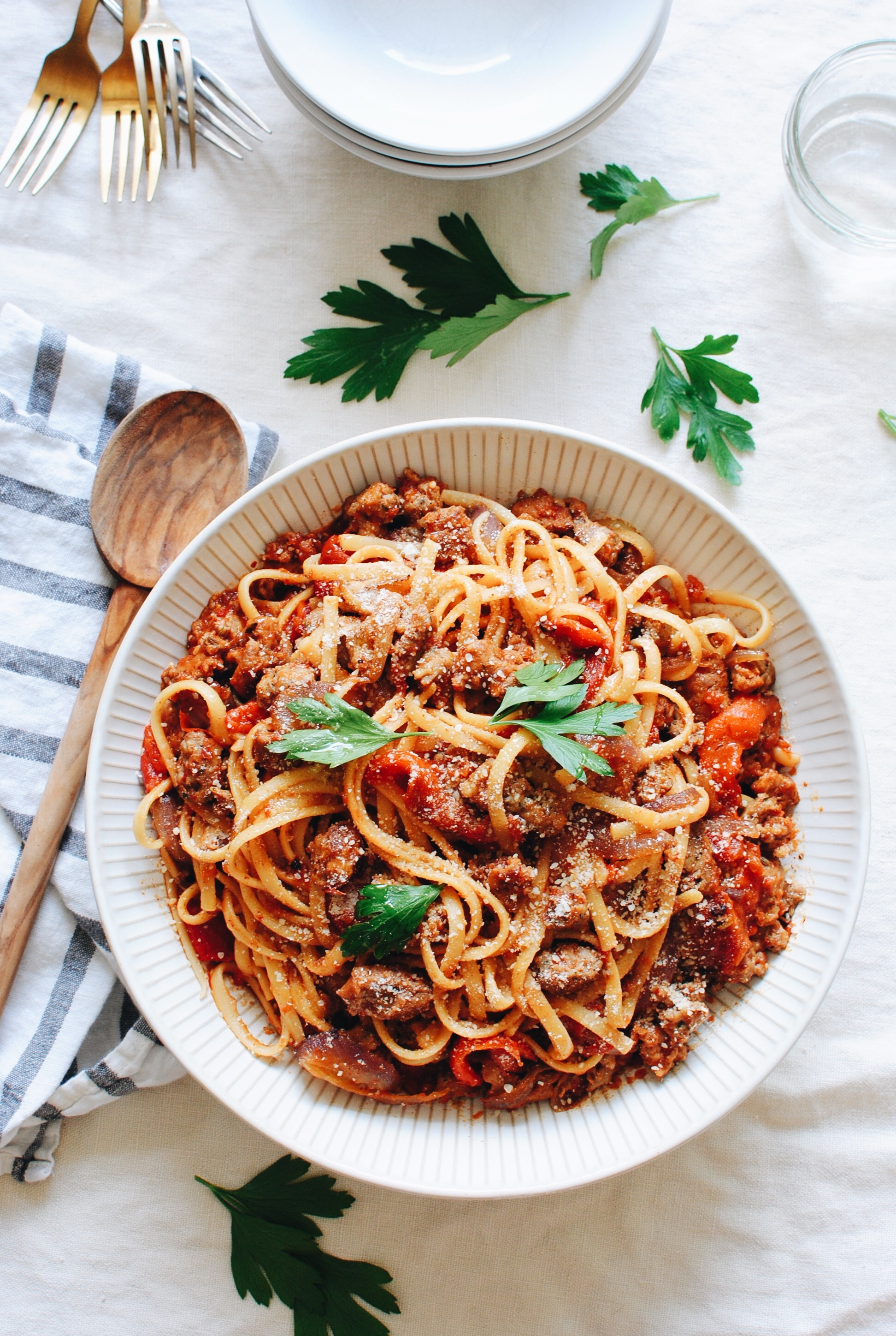Linguine with Roasted Red Peppers, Italian Sausage and Onions / Bev Cooks