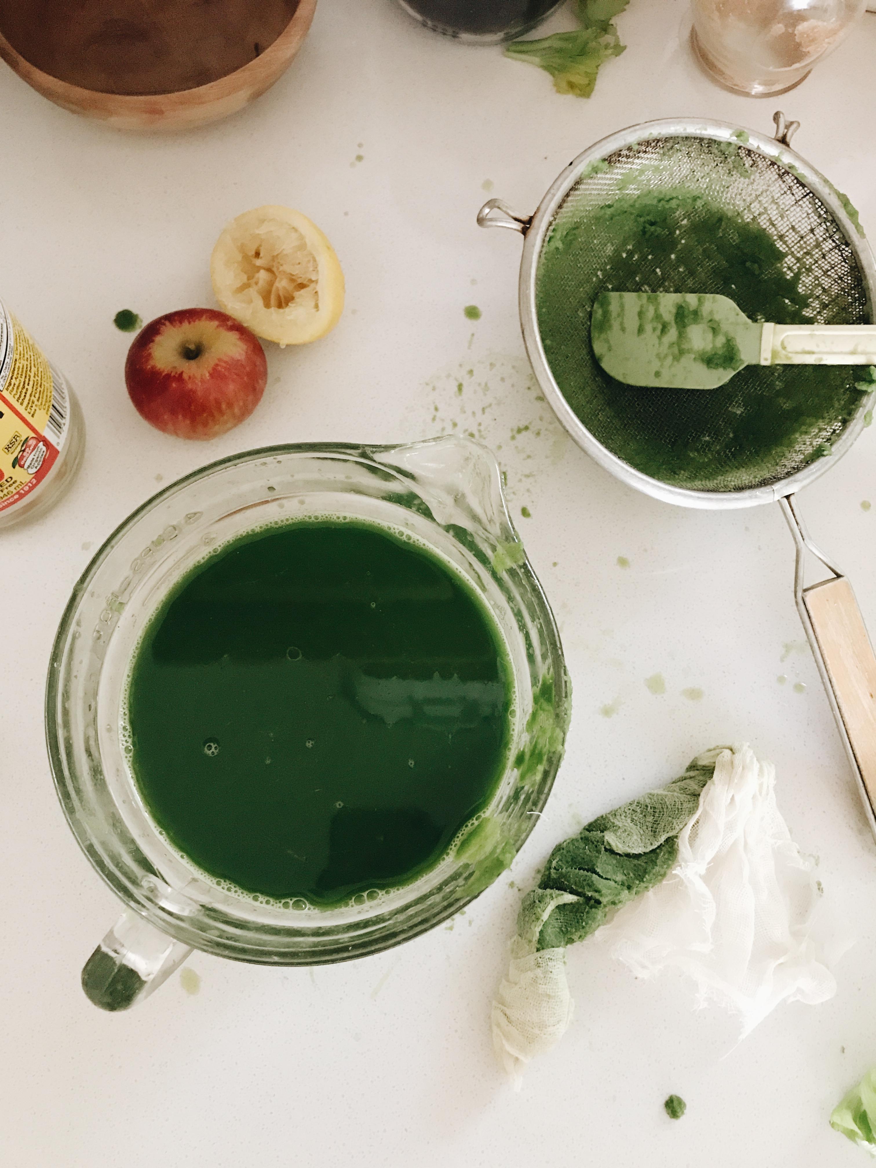 Green Juice, Carrot Juice and Beet Juice! / Bev Cooks