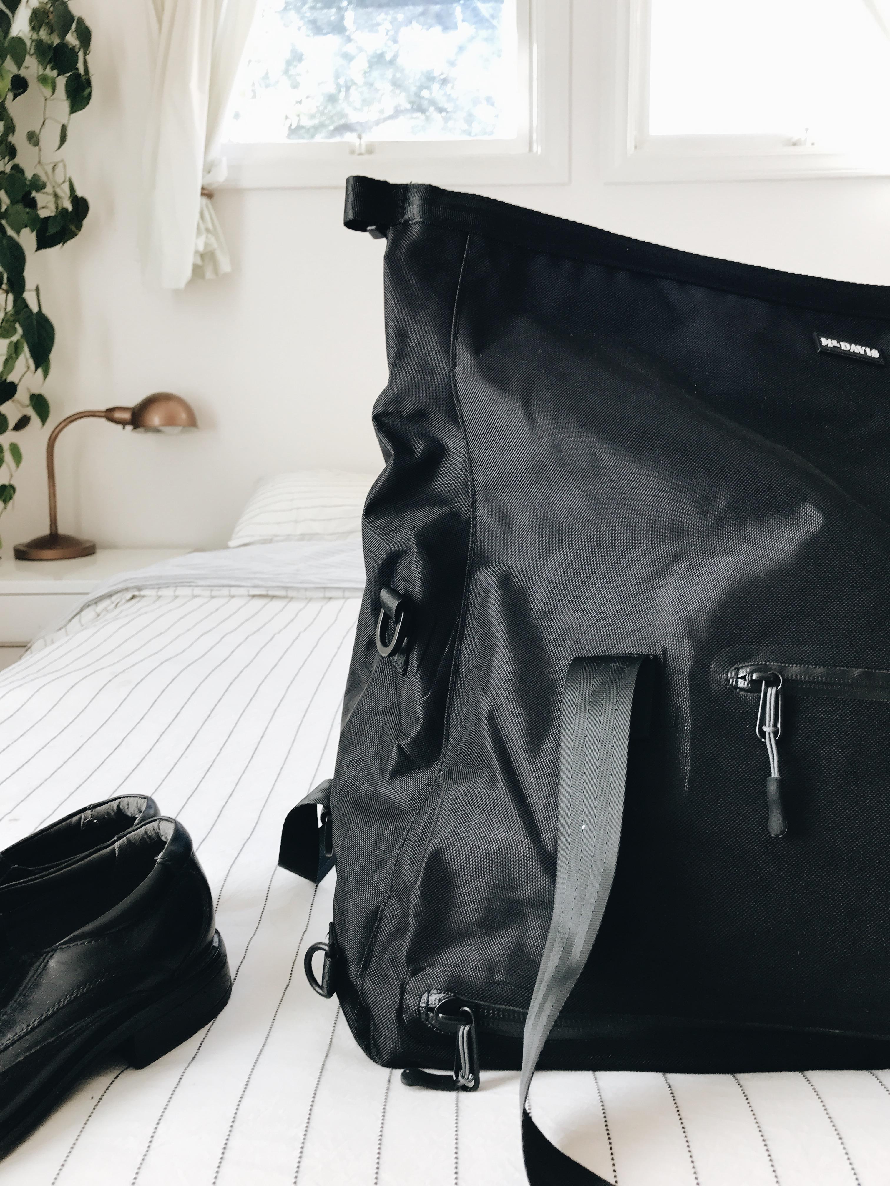 Mr. Davis Weekender Bag GIVEAWAY!