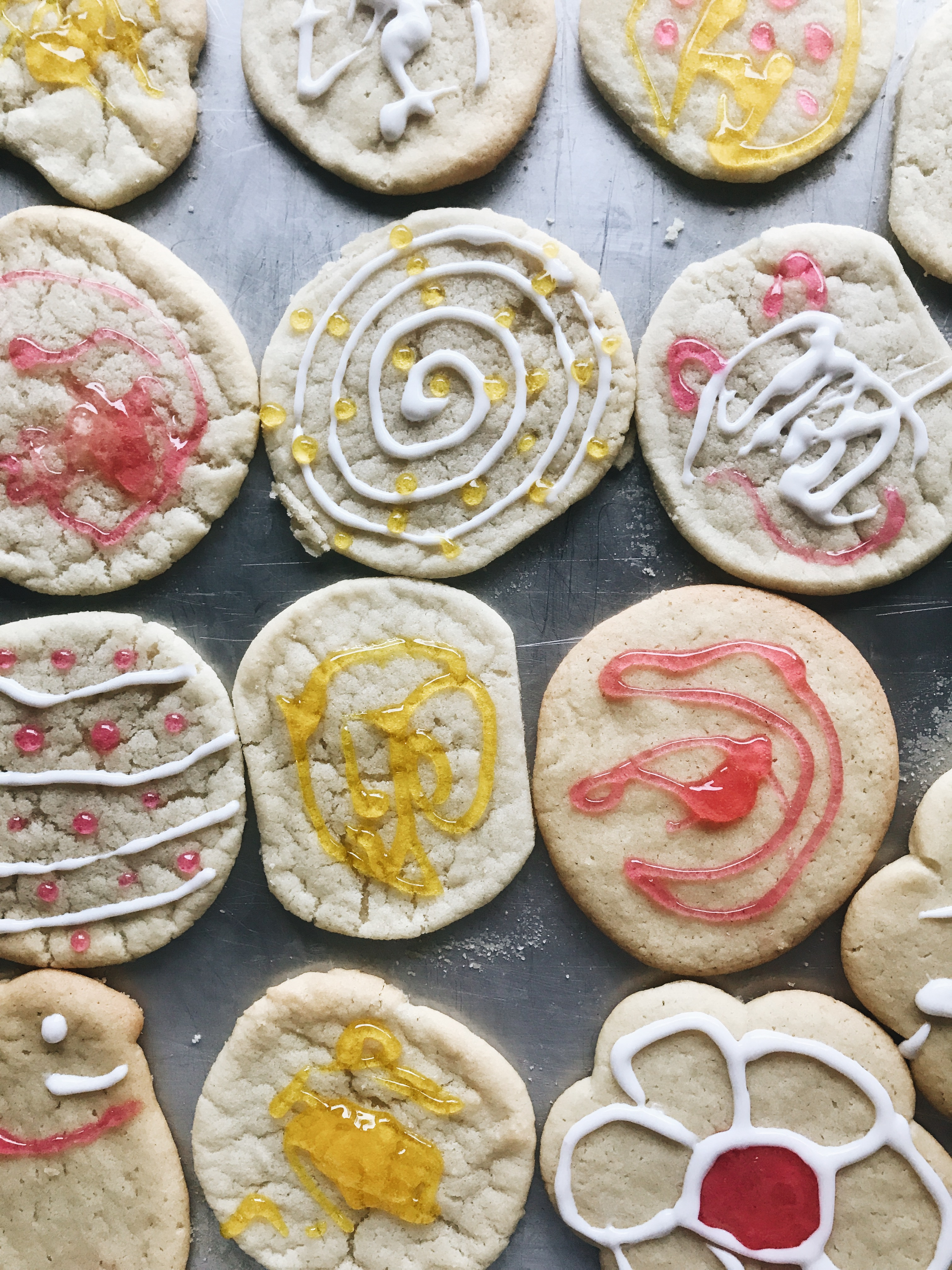 kid art easter cookies