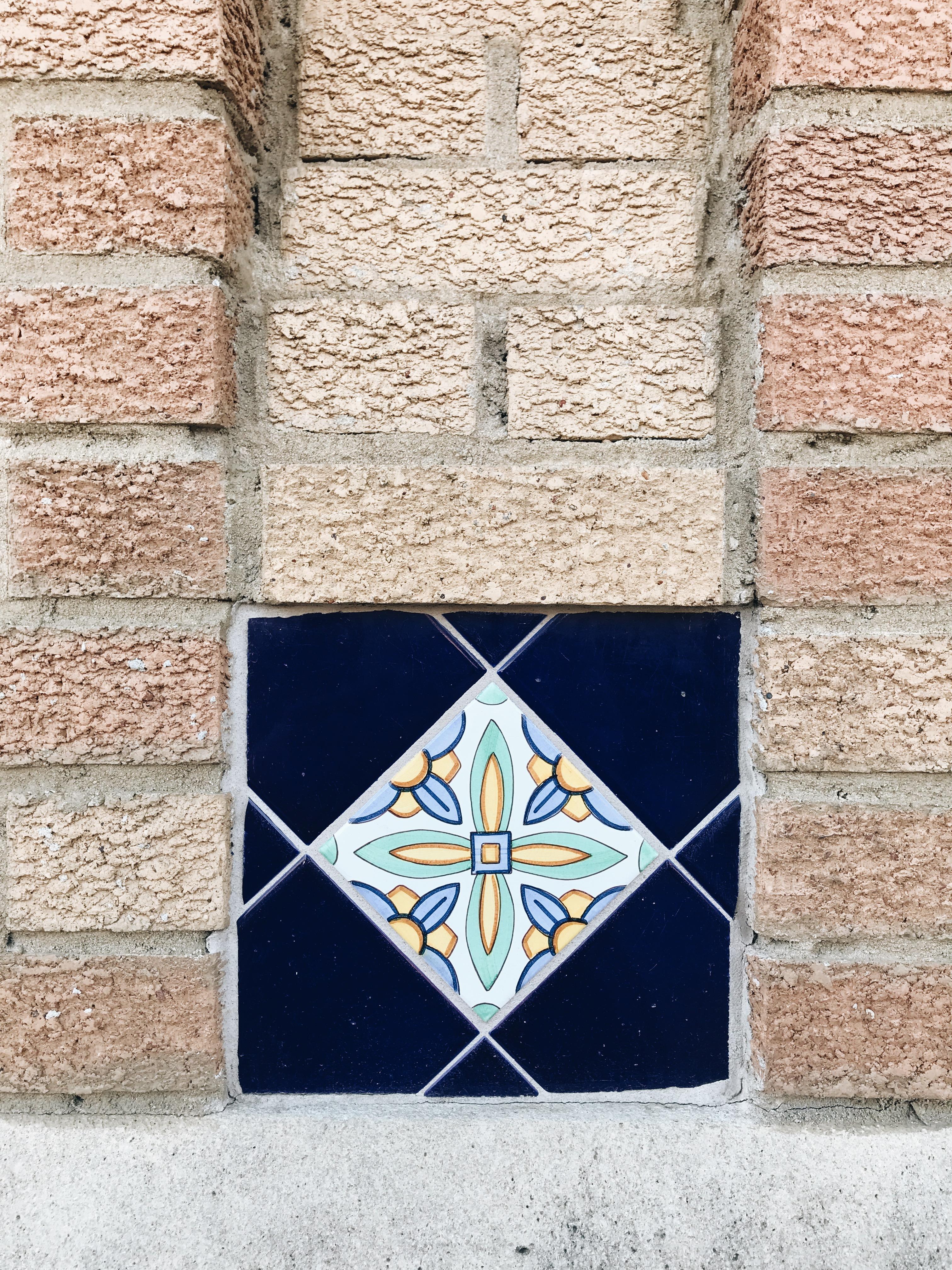 random tile