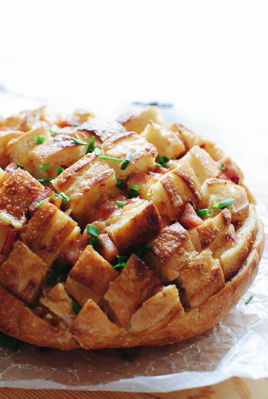 Sriracha Gouda and Ham Pull Apart Bread / Bev Cooks