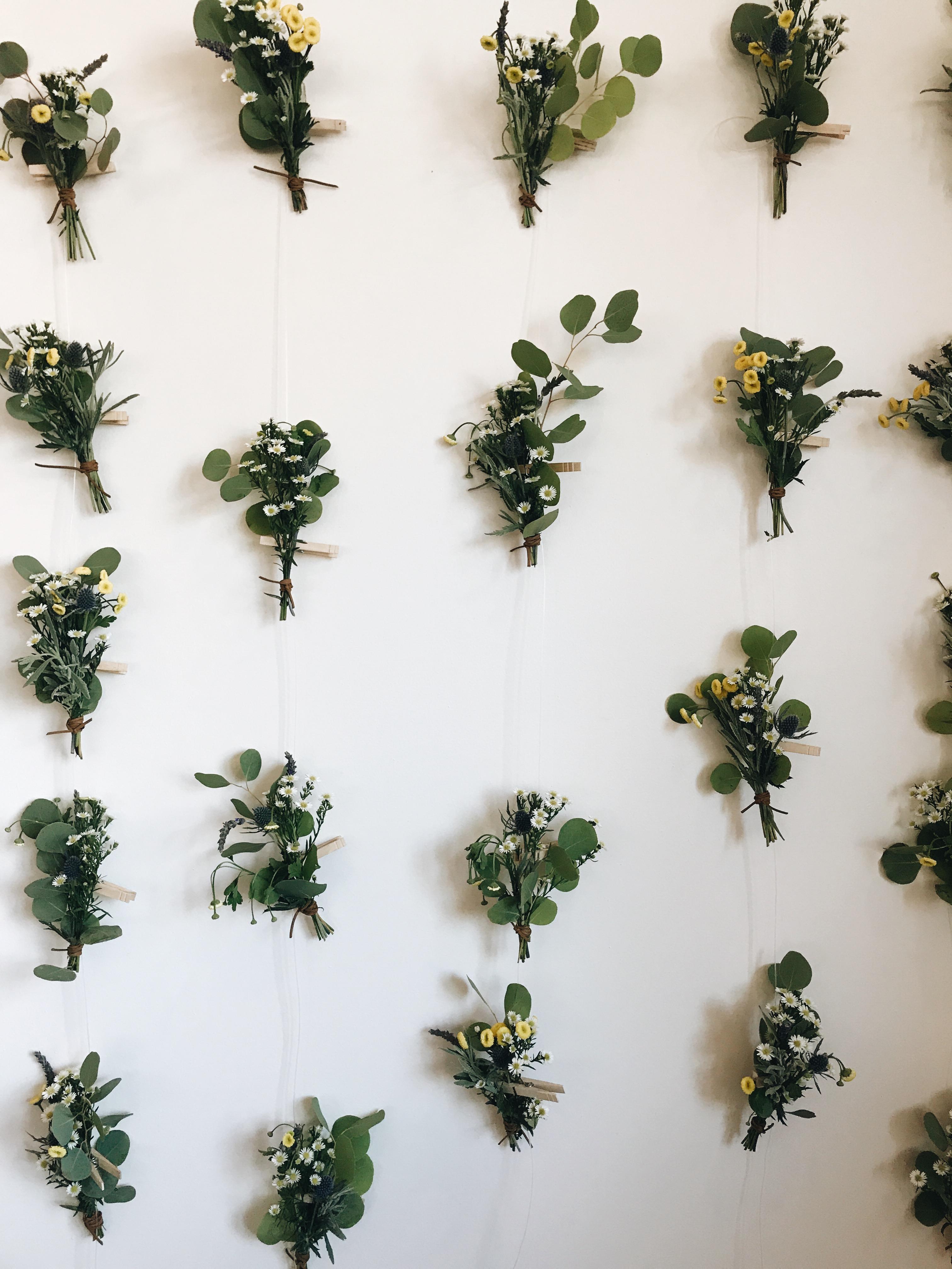 mini spring bouquets