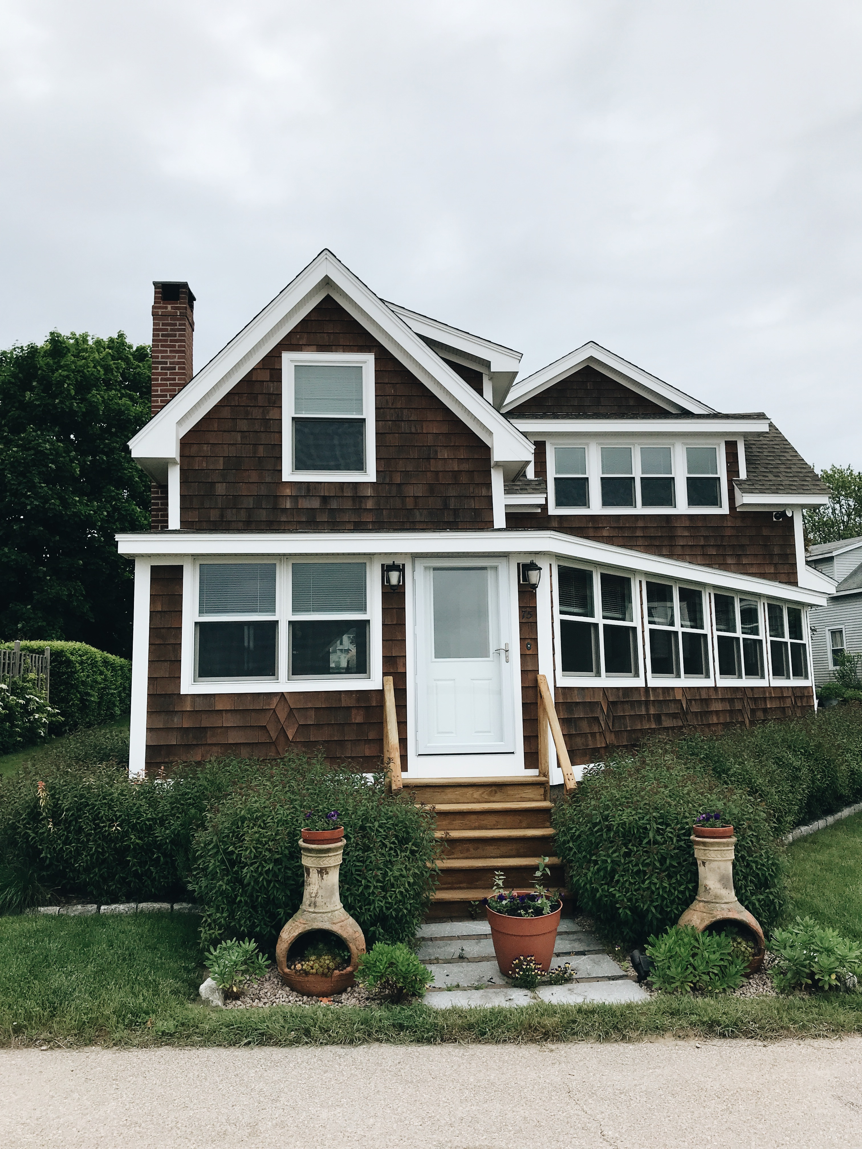 cute cottage in Lord's Point, CT