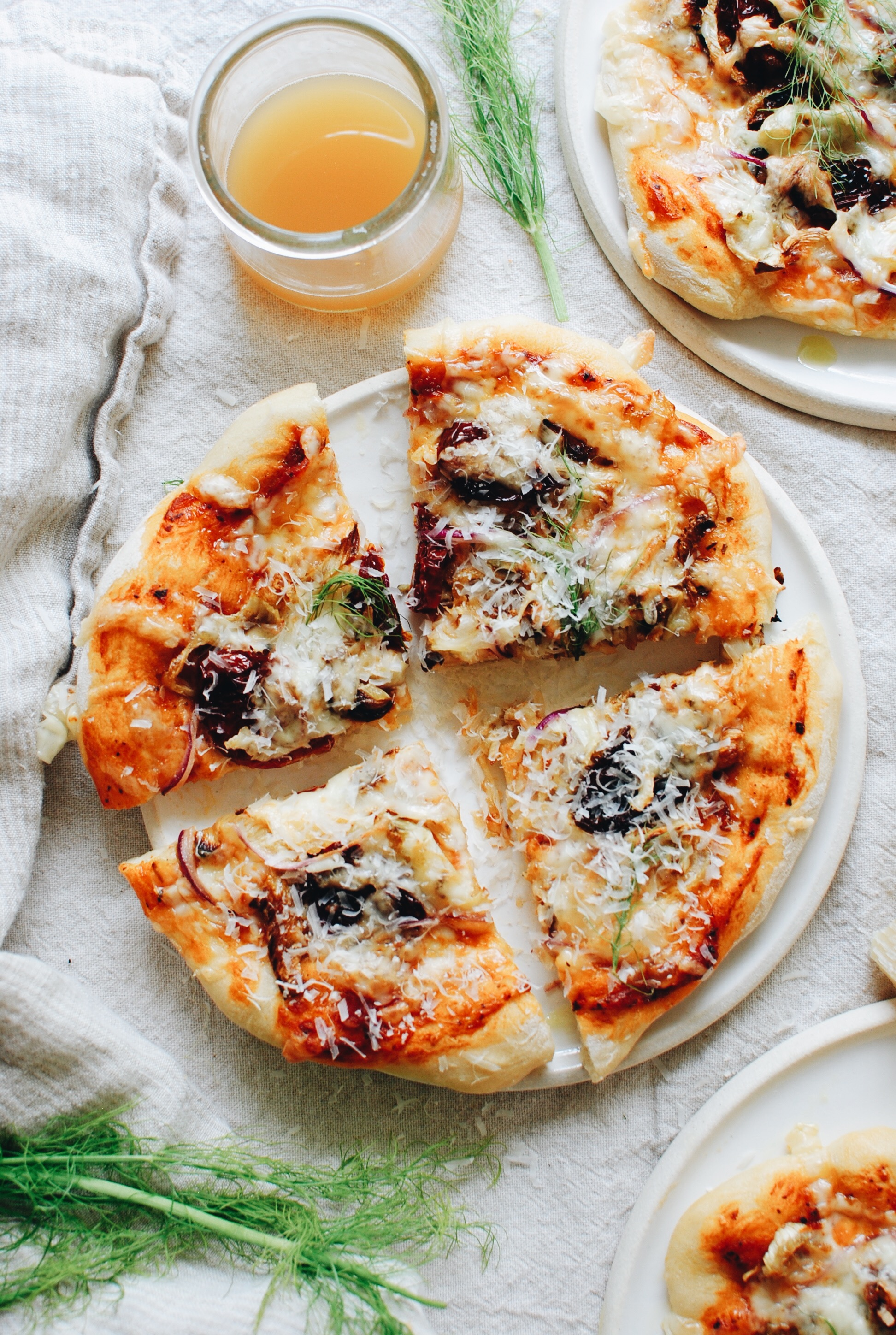 Roasted Fennel and Sundried Tomato Pizza / Bev Cooks