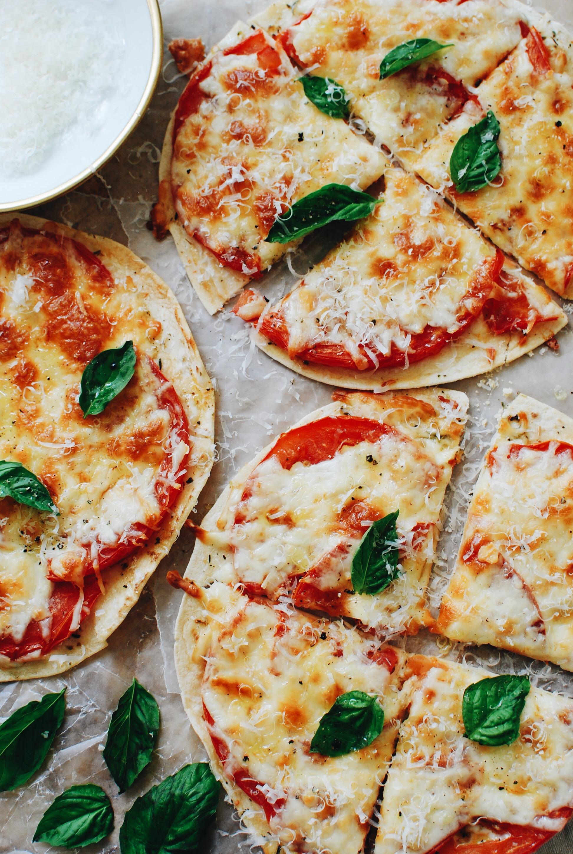 Caprese Tortilla Pizza Snacks Bev Cooks