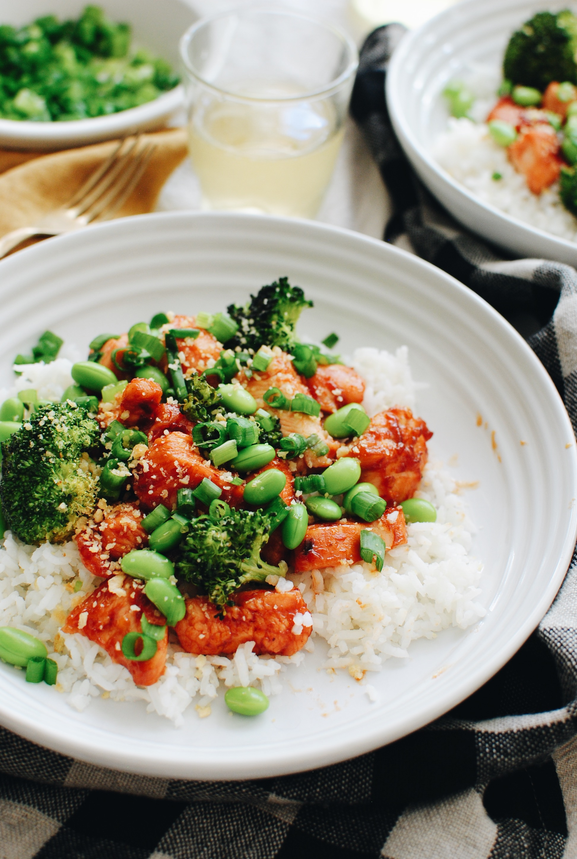 Spicy Chicken and Broccoli Rice Bowls / Bev Cooks