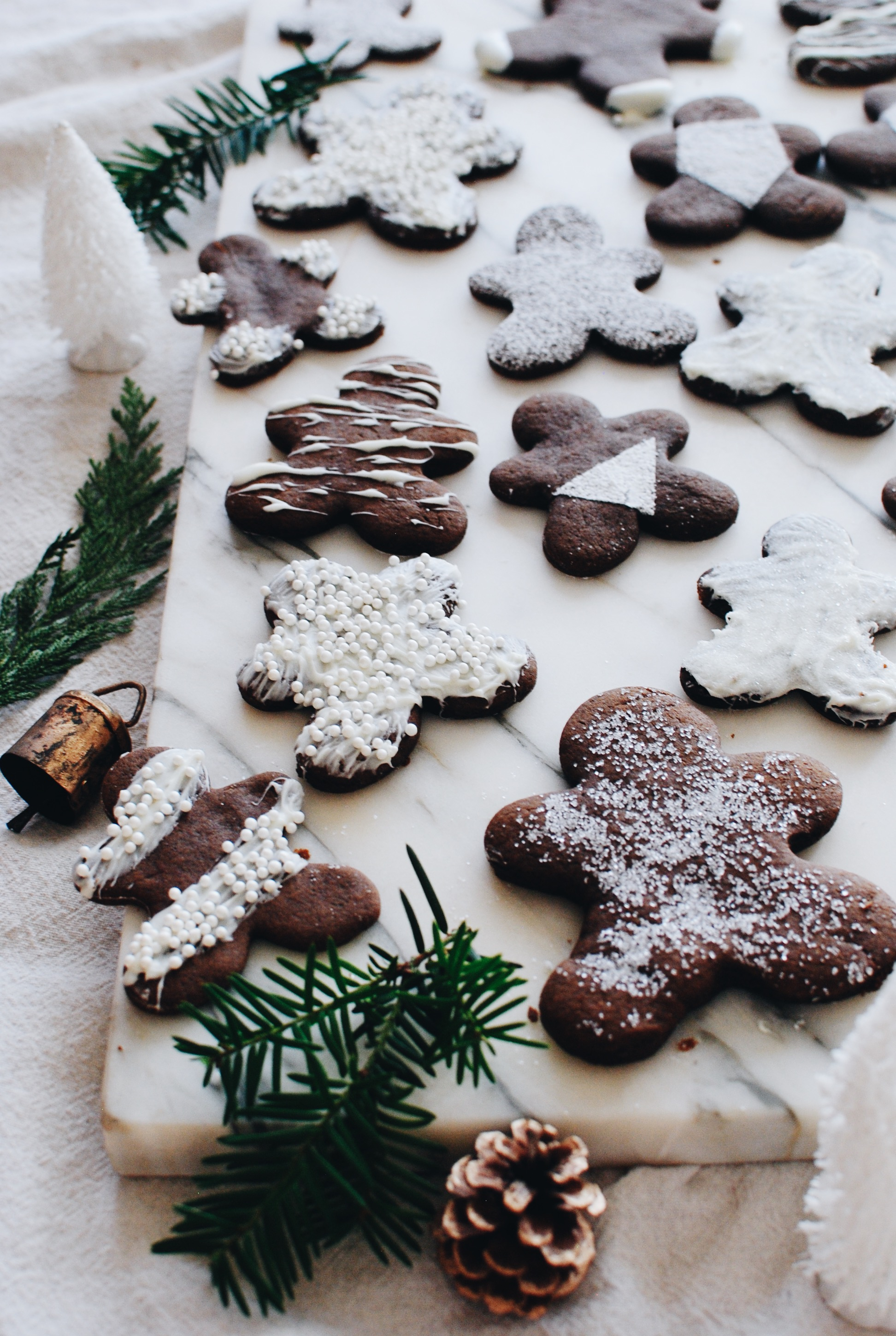 Gingerbread Cookies with Simple Decorating / Bev Cooks
