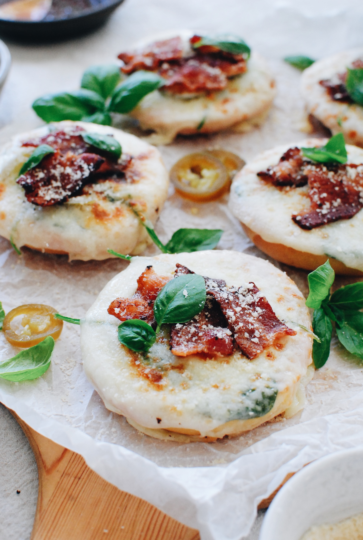 Bagel Pizza Snacks / Bev Cooks