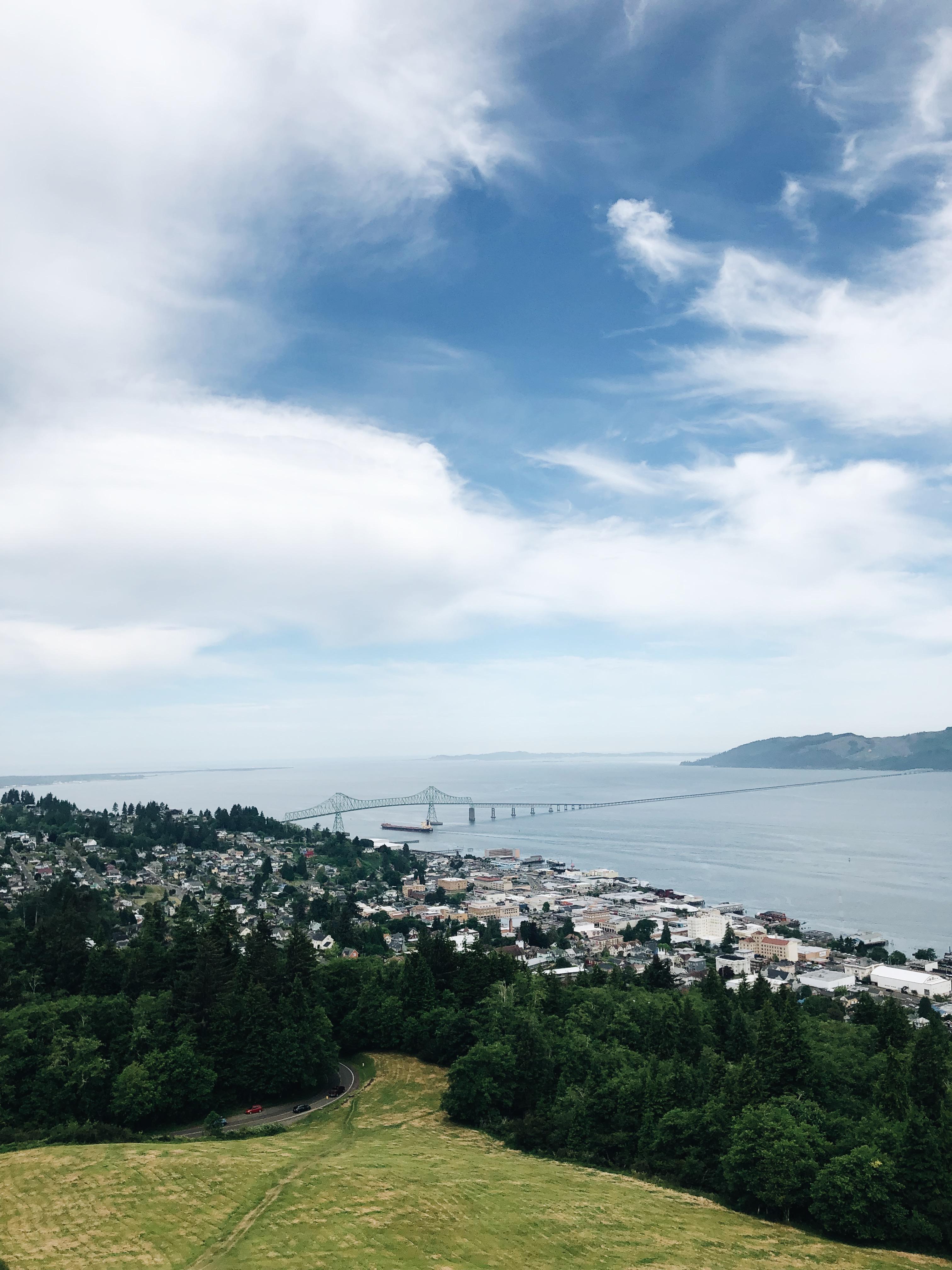 Oregon Coast Forever / Bev Cooks