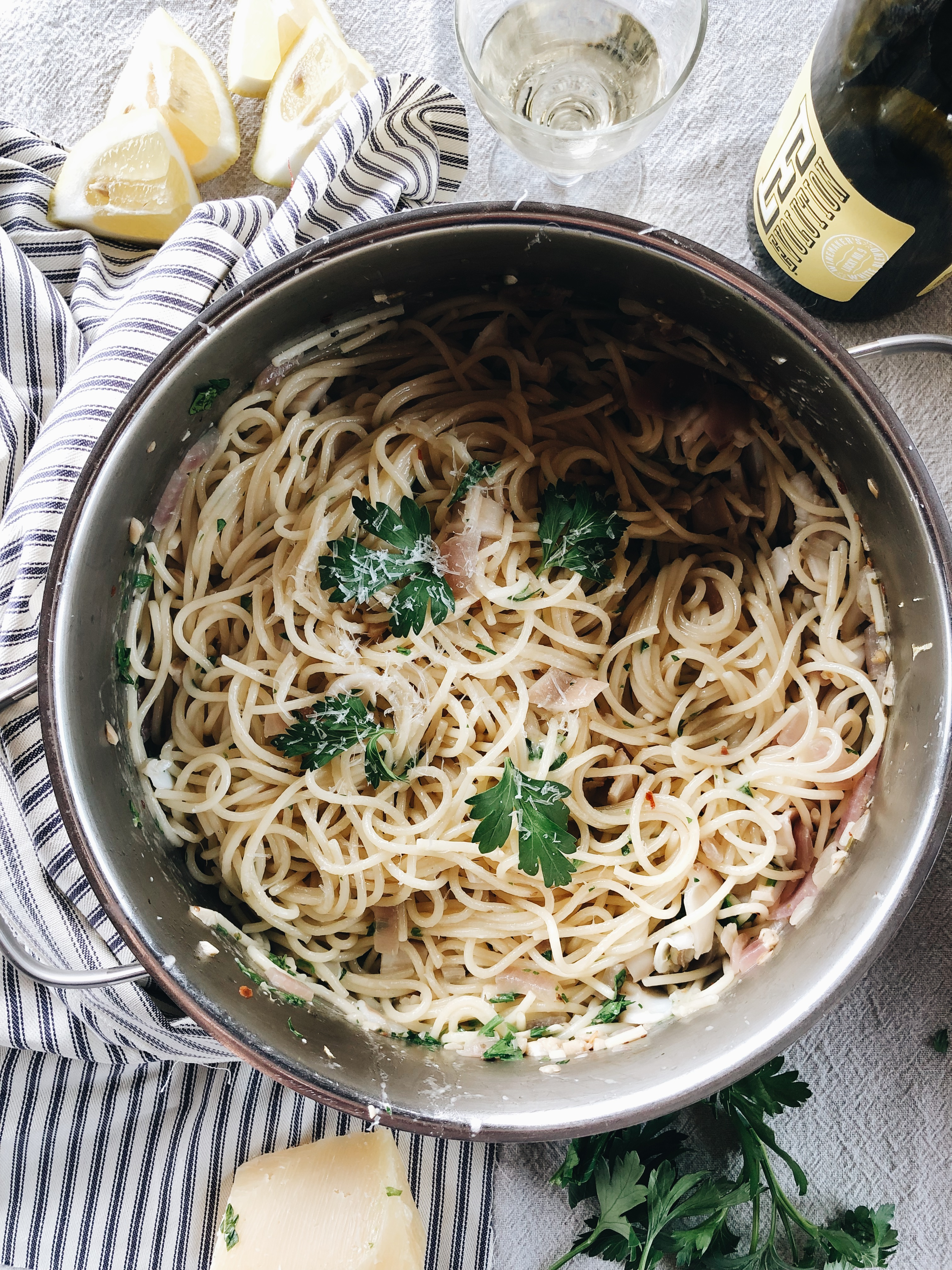 Spaghetti with Razor Clams / Bev Cooks