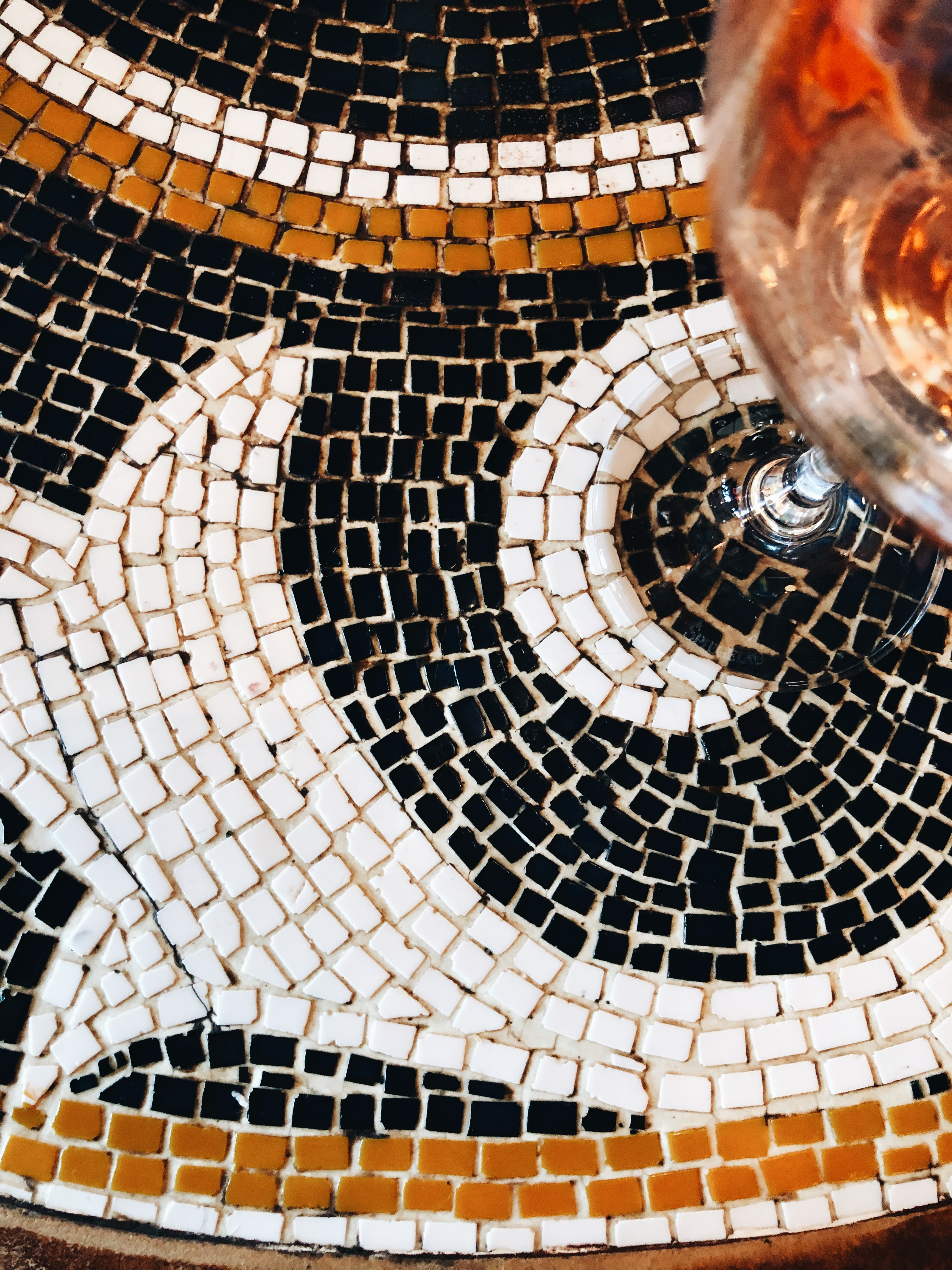 tile and rosé