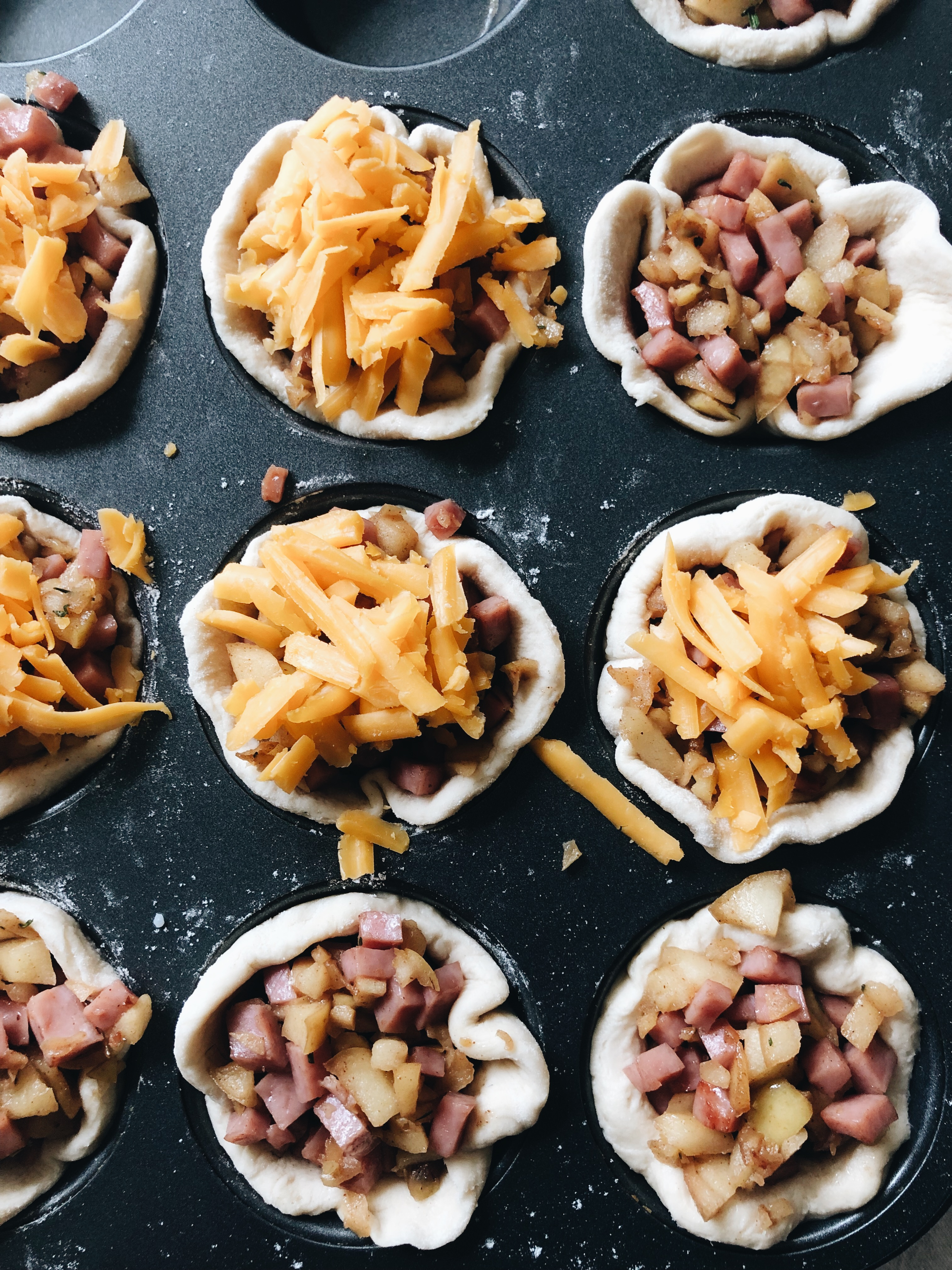 Apple, Ham and Cheddar Biscuit Cups / Bev Cooks