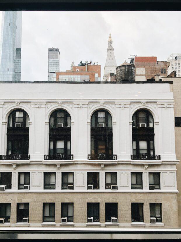new york building / bev cooks