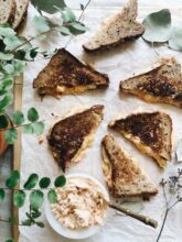 Chipotle Pimento Grilled Cheese Sandwiches / Bev Cooks