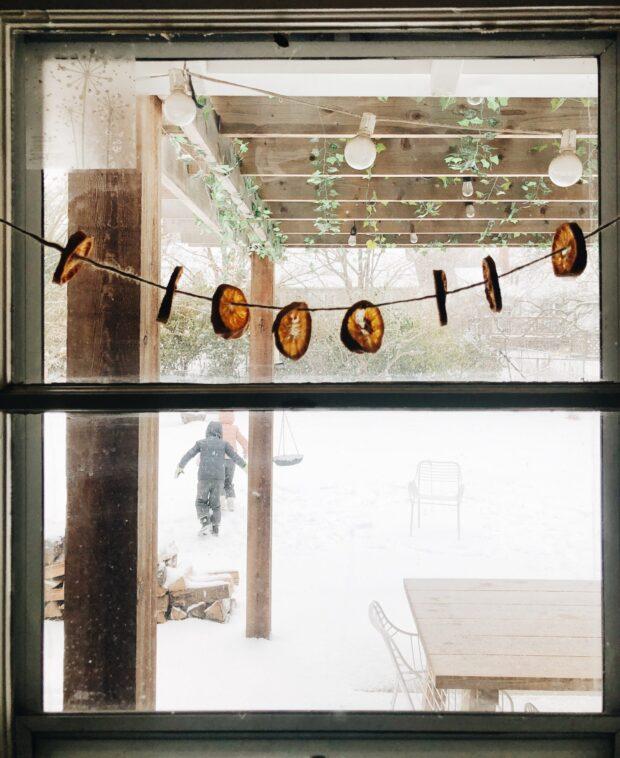 kids in snowy window / bev cooks
