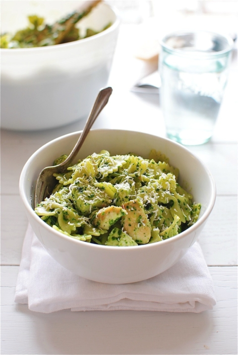 Farfalle Pasta with Chicken and Spinach Pesto - Bev Cooks